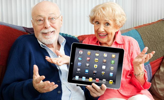 El conocimiento de la tecnología aporta ventajas en la vida de las personas mayores.